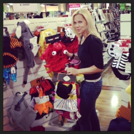 ava aston shopping for dog costumes