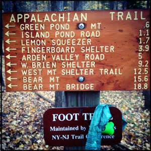 hiking in harriman state park ny